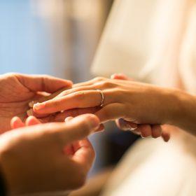 美容師 婚活
